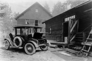 Electric vehicle circa 1900